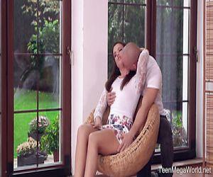 Brett Rossi und Violet Starr benutzen Zungen, um einander glücklich zu machen