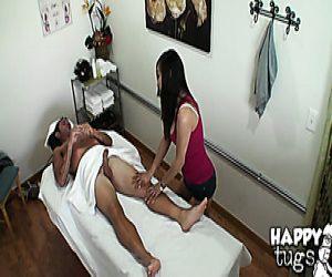black busty girl leg pic verbreiten